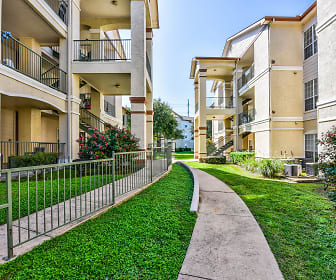 Chandler Creek Apartments, Round Rock, TX