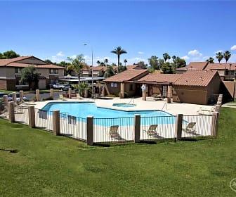 Pool, Fountain Oaks
