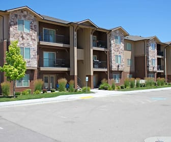 Building, Aspen Creek Apartments