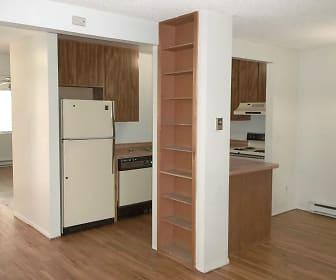 to kitchen.jpg, 720 City Park Ave. #D426
