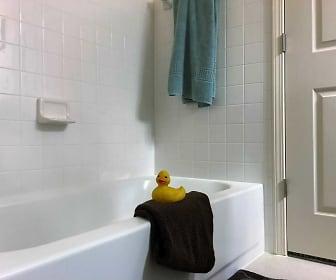 Bathroom, Delaware Trace Apartment Homes