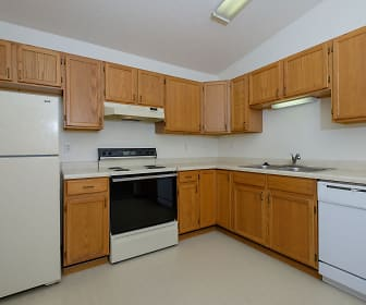 Bridgeport Apartments - 1 Bdrm - Kitchen, South Pointe Apartments
