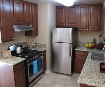 Kitchen, Village at Fair Oaks