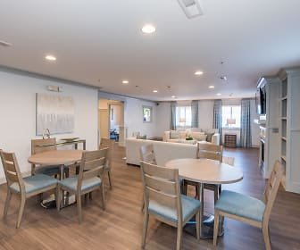 Dining Room, The Muse at Town Center (55+)