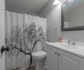 Room for Rent -  a 10 minute walk to bus 853, West Highlands, Atlanta, GA