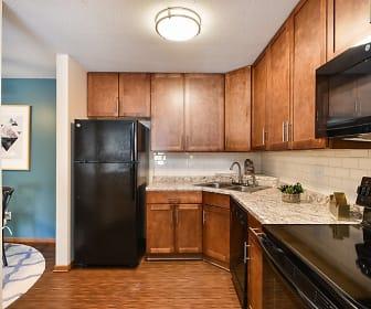 Minnetonka Hills Apartments, Hopkins, MN