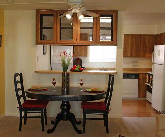 Dining Room, Reno Vista Apartments