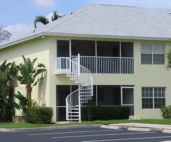Building, Cabana Club South
