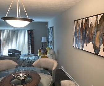 Living Room, Elite at City View