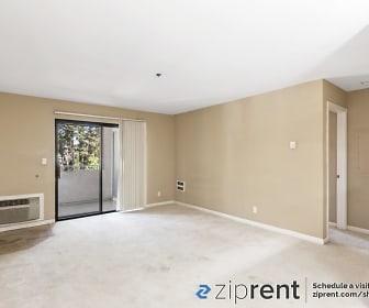 880 E Fremont Ave, 316, Cupertino Middle School, Sunnyvale, CA