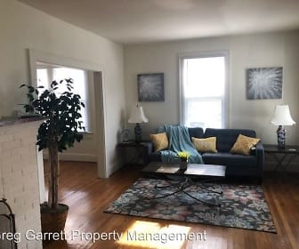 Living Room, 3205 B Kenmore Dr