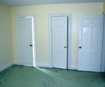 2800 Acres Rd, 23707, VA