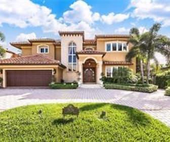 2626 BARCELONA, Davie, FL