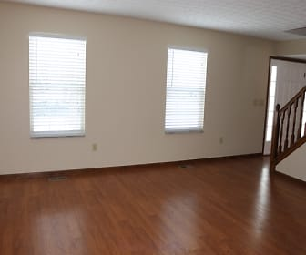 Living Room, 4483 Landmark Road