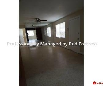 Living Room, 2530 Kennesaw St