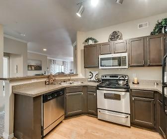 St. Laurent Apartment Homes, Grand Prairie, TX