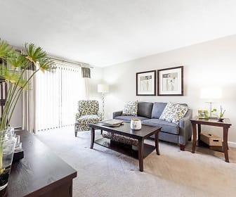 Living Room, Princeton Park Apartments