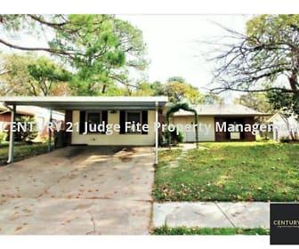 815 Ravenwood Drive, Grace Lutheran School, Arlington, TX
