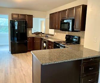 Kitchen, 11414 Ember