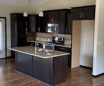 Laguna-kitchen.jpg, 13404 E Laguna Cir