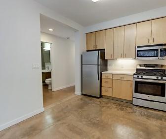 Kitchen, 4857 Broadway