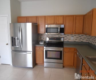 11077 Windsor Place Cir, Farnell Middle School, Tampa, FL