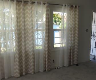 8733 Cedar Street, Compton, CA