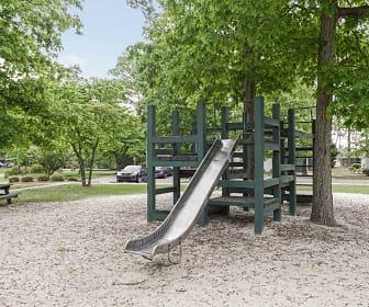 Playground, Aspen Pointe Apartments