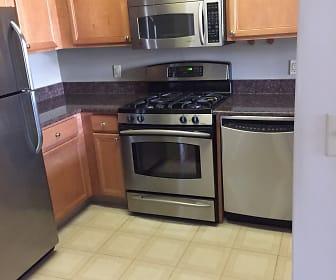 7111 Woodmont Avenue, Apt. 508, Forest Glen, MD