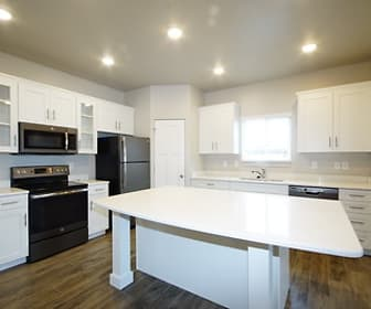 Kitchen, Greyhawk Townhomes