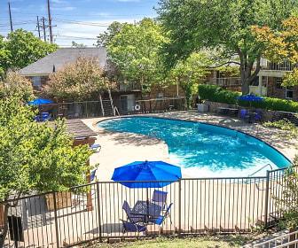 WatersEdge Apartments, Lincoln Park, TX