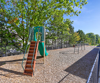 Castlegate, Maywood Park, OR
