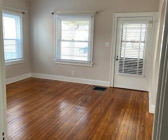 Living Room, 3806 Elmwood Ave