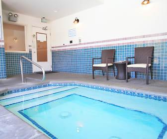 Hot tub, Breckenridge Heights