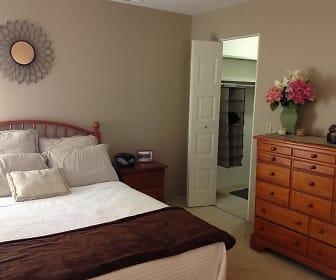 Bedroom, Willow Creek Apartments