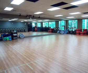 Fitness Weight Room, Ramblewood Apartments