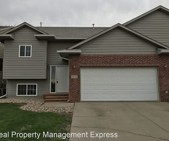 1111 S Dundee Dr,, Dell Rapids, SD