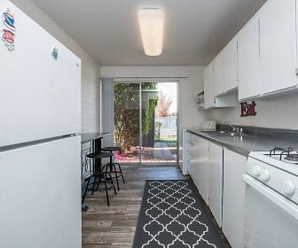Kitchen, Commons on Stella