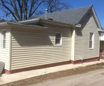 Building, 532 west Carpenter st