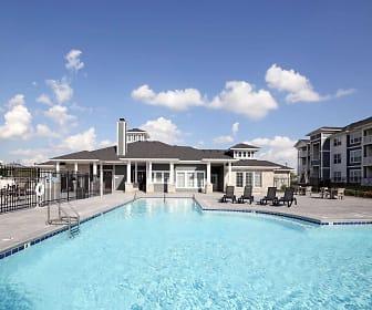 Resort Style Pool, Millstone of Noblesville