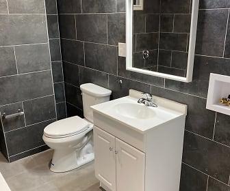 Bathroom, 3218 Diamond Street