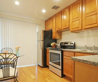 Kitchen, Natural Falls Resort Apartments