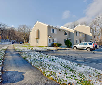 Brayton Hill Apartments, West Dover, VT