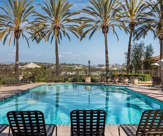 Barcelona Resort Apartments, Lake Forest, CA
