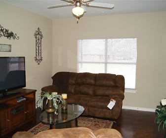 Living Area, Commons at Hickory Creek