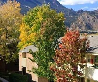 25 Broadmoor, Broadmoor, Colorado Springs, CO
