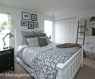 Bedroom, 201 Mohican Lane