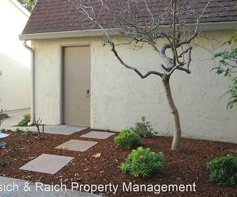 19907 Vineyard Lane, Saratoga, CA