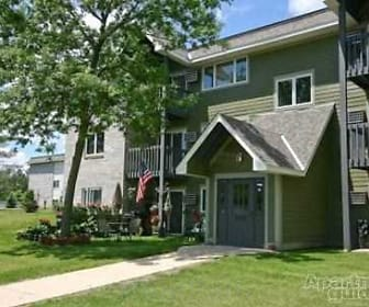 Woodridge Apartments, Cannon Falls, MN