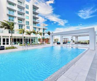 Quadro, Miami, FL
